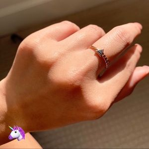 Jewelry - NEW Gold Triangle Stone Ring - 4 for $20